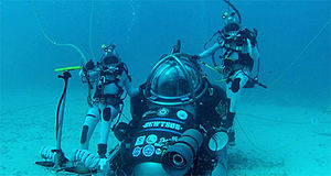 NEEMO 16 EVA with submersible.jpg