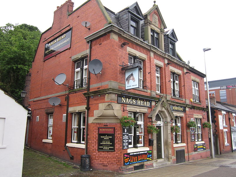 File:Nags Head, Macclesfield (2).JPG