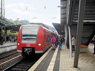 Mannheim–Saarbrücken railway - A train on line S1 of the Rhine-Neckar S-Bahn on its way to Mosbach (Baden) in Neustadt Hauptbahnhof
