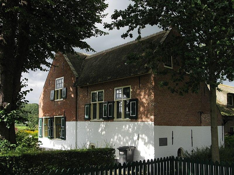 File:Noortheylaan 1 'Bohemenhoeve' Rijksmonument 25714.jpg