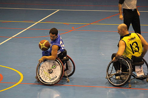 ONCE v Burgos, Madrid, December 14, 2013 06.JPG
