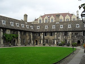 The corner of Old Court of Corpus Christi College, Cambridge, where Marlowe stayed while a Cambridge student and, possibly, during the time he was recruited as a spy. OldCurtCC.JPG