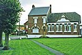 Old school house, Longueval, Somme, France - panoramio.jpg