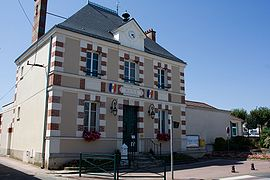 The town hall in Oncy-sur-École