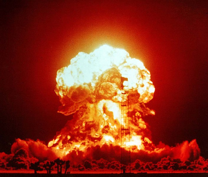 6 Steps to Survive a Nuclear Bomb Attack