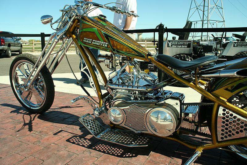 http://upload.wikimedia.org/wikipedia/commons/thumb/7/79/Orange-county-choppers-dixie-chopper-bike-left.jpg/800px-Orange-county-choppers-dixie-chopper-bike-left.jpg