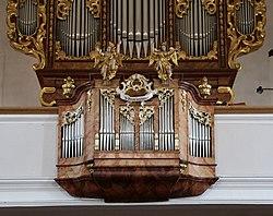Orgel Pfarrkirche Hl. Petrus Breitenbach am Inn-2.jpg