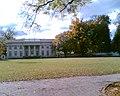 Pałac Marynki dziś użytkowany przez Instytut Sadownictwa i Kwiaciarstwa - panoramio.jpg