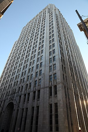 Eliel Saarinen's Tribune Tower design - Image: Pac Bell Building, northeast corner