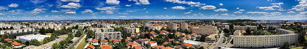 Панорама восточной части Брона