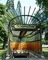 Paris 16 - La libellule de la station Dauphine -2.jpg