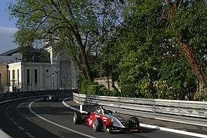 Átila Abreu - Abreu driving in the Pau Grand Prix in 2005