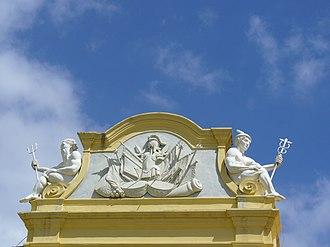 Castle of Good Hope - Image: Pediment above enterance to CT Castle