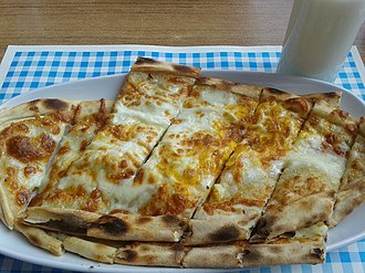 Pita - Image: Pide and ayran