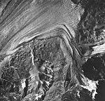 Plateau and Loomis Glacier, tidewater glacier, outwash and glacial remnents, August 24, 1963 (GLACIERS 5768).jpg