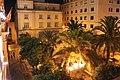Plaza de España, Ceuta, de noche.jpg