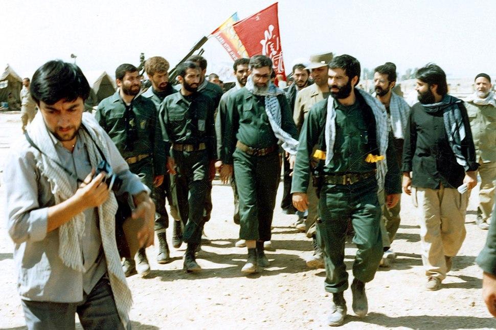 President Khamenei visit an Iran-Iraq war battlefield