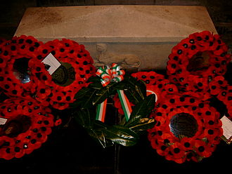 President of Ireland - The President's wreath (in green) laid at Ireland's Remembrance Day ceremonies in St. Patrick's Cathedral in 2005. Presidents have attended the ceremony since the 1990s.