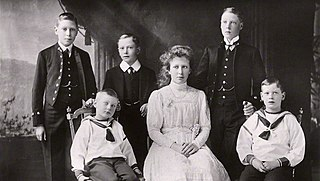 Descendants of George V and Mary of Teck Wikimedia list article