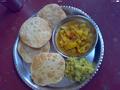 Puri with gobhi sabzi.PNG