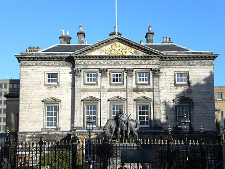 Dundas House, designed by Sir William Chambers, built in 1774 for Sir Lawrence Dundas and acquired by the bank in 1821.[4]