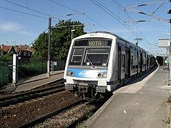 RER E - Gare VilliersMarne 3Bis.JPG