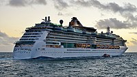 Radiance of the Seas, Fremantle, 2015 (09) (cropped).JPG
