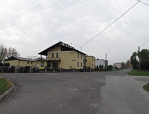 Rożniątów - Houses on crossroads