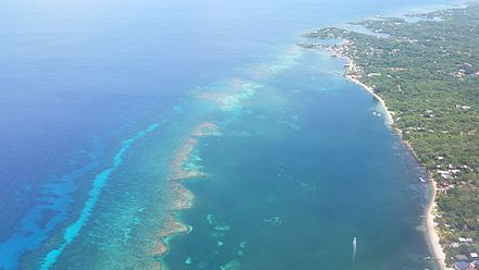 Roatan looking north towards West End Roatan looking north towards West End.jpg