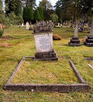 Robert Ashington Bullen - Bullen's grave in Brookwood Cemetery