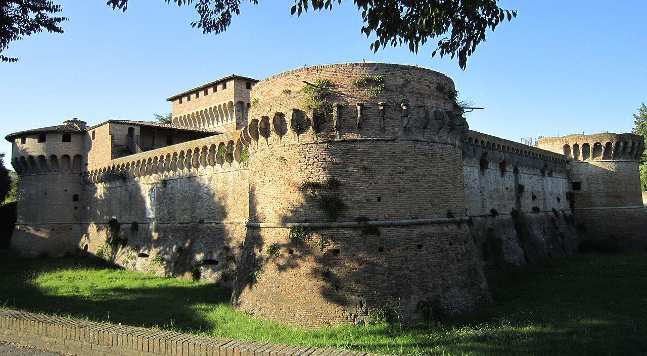 Цитадель Равальдино в Форли. Изображение из Википедии