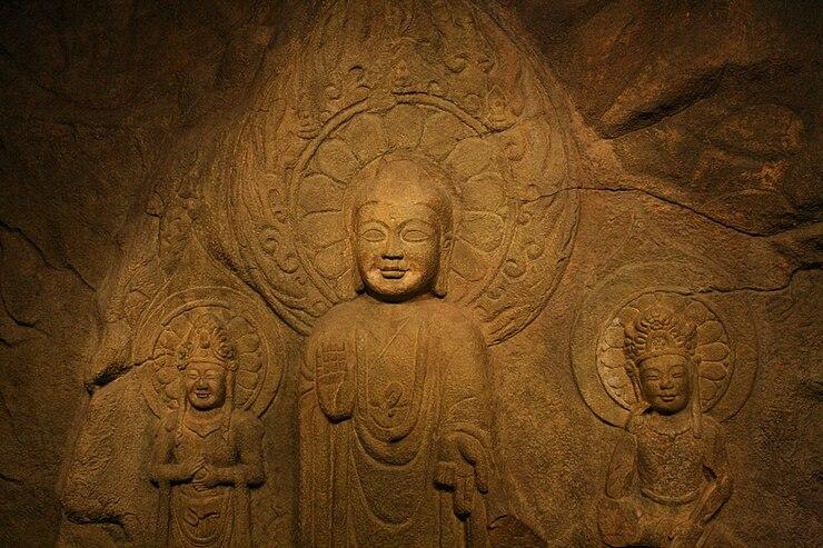Rock-carved triad buddha in Seosan