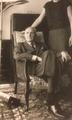 Roger Lacharme à son domicile de Neuilly vers 1965.png