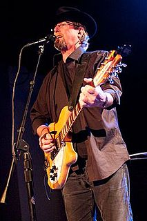 Roger McGuinn American singer-songwriter and guitarist