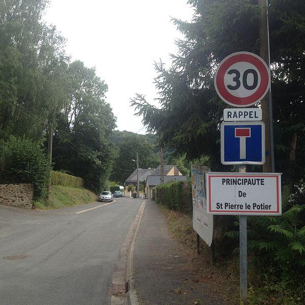Saint-Pierre-le-Potier rue principale