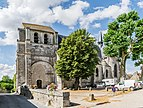 Saint Dye church of Saint-Dye-sur-Loire 01.jpg