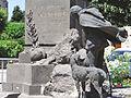 Sainte-Geneviève-sur-Argence - Monument aux morts.JPG
