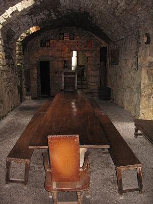 Château de Montcornet - Image: Salle d'armes Montcornet