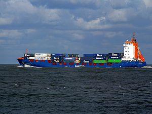 Samskip Pioneer leaving Port of Rotterdam 10-Dec-2006.jpg