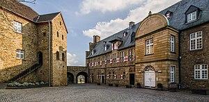 Schloss-Broich-2013-01-Alternative.jpg