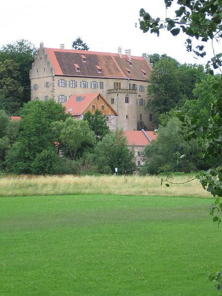 File:Schloss Aschach 02.jpg