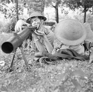 Straits Settlements Volunteer Force - Volunteer troops training with a Lewis machine gun, November 1941