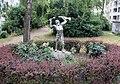 Skulptur Ernst-Friedrich-Promenade (Weddi) Das Gewehr zebrechen&Angelo Monitillo&2005.jpg
