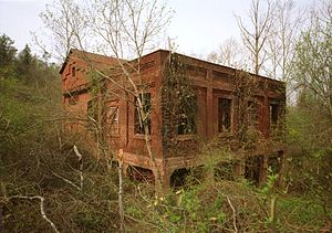 Sloss Mines - The abandoned hoist house for Sloss No. 2 in 1993.  It remains largely intact.