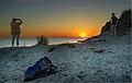 Sonnenuntergang in den Dünen (35809162002).jpg