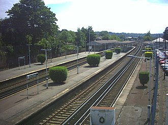 South Croydon railway station - Station platforms