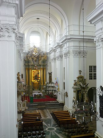 Church of St Francis in Warsaw - The interior of the church