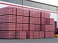 Stapel Bierkästen Heidelberger Brauerei.JPG