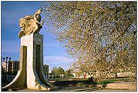 StatueBouira.jpg