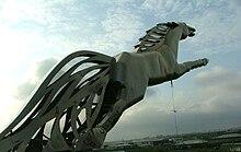220px-Statue_Sleipnir dans CHEVAL